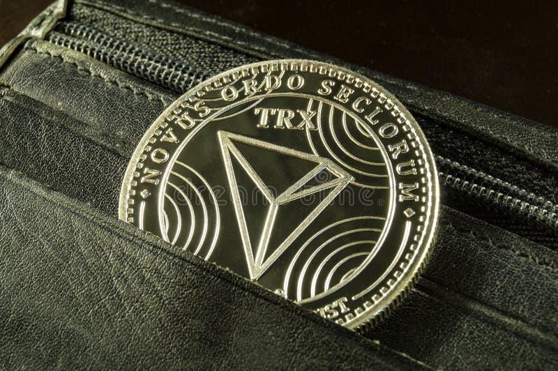 Tron ? uma maneira moderna de troca e esta moeda cripto ? meios de pagamento convenientes no mercado financeiro e da Web imagem de stock royalty free