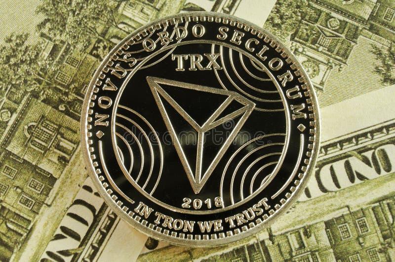 Tron ? uma maneira moderna de troca e esta moeda cripto ? meios de pagamento convenientes no mercado financeiro e da Web imagens de stock royalty free