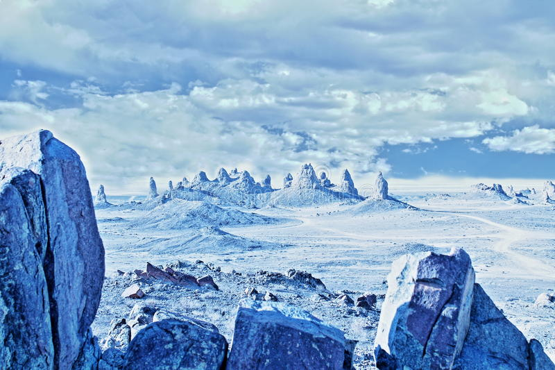 Trona-Berggipfel-Kunst FX-Sciencefictionsart lizenzfreie stockfotografie