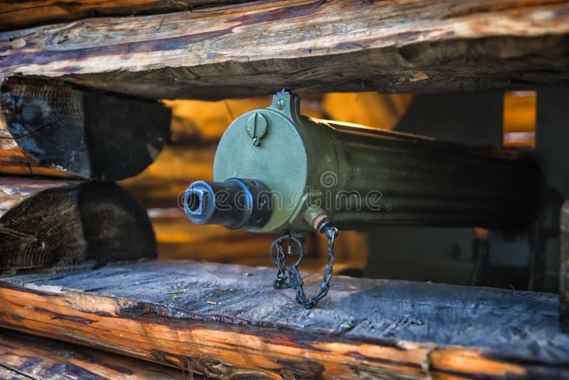 Tronc d'une mitrailleuse avec une profondeur de champ photo stock