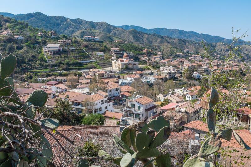 Troodos山的村庄,塞浦路斯 免版税图库摄影