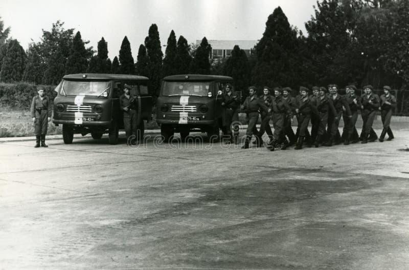 Tropas militares soviéticas em Checoslováquia em agosto de 1968 fotos de stock