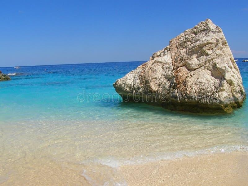 Tropical-como la playa en Cerdeña, Italia fotografía de archivo libre de regalías