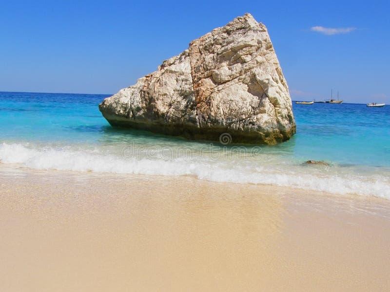 Tropical-como a praia em Sardinia, Italy fotografia de stock royalty free