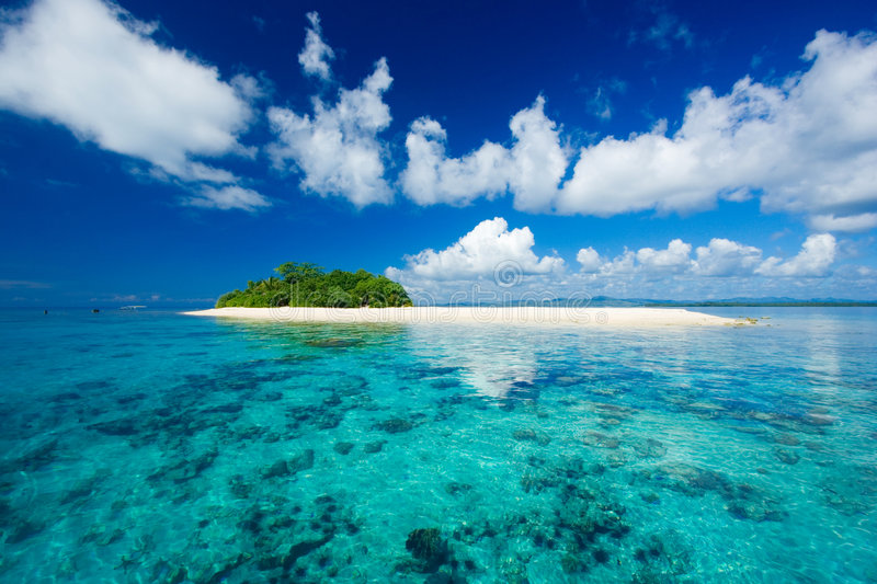 Download Tropical Island Vacation Paradise Royalty Free Stock Images - Image: 3639349