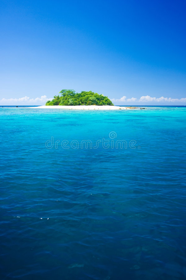 Download Tropical Island Vacation Paradise Stock Image - Image of azure, deserted: 3639737
