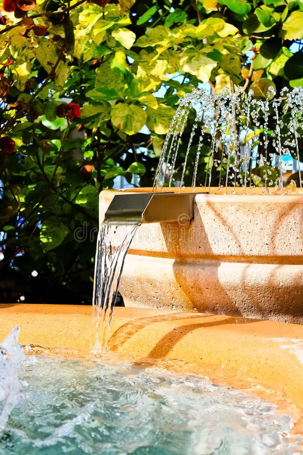 Free Tropical Man Made Water Fountain And Waterfall Royalty Free Stock Images - 22095399