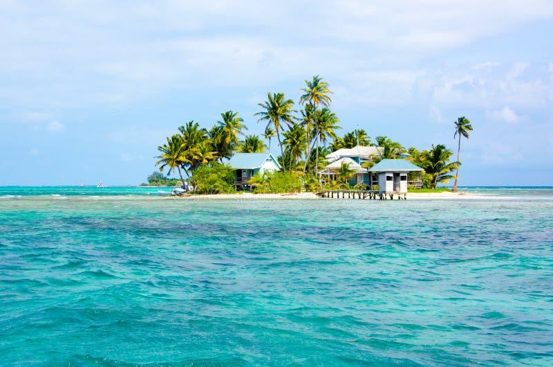 Tropikalna i raj mała wyspa w morzu karaibskim Belize Ameryka Środkowa zdjęcie stock