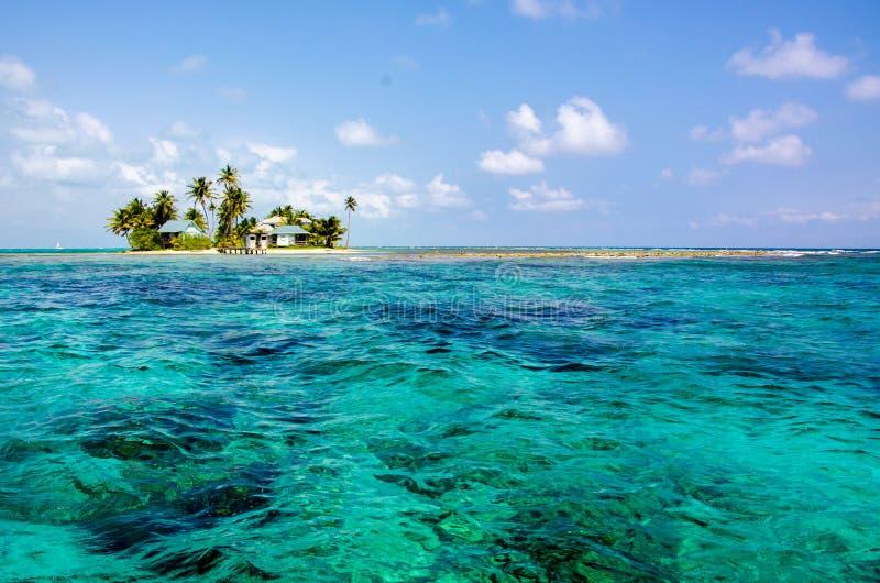 Tropikalna i raj ma?a wyspa w morzu karaibskim Belize Ameryka ?rodkowa zdjęcia stock