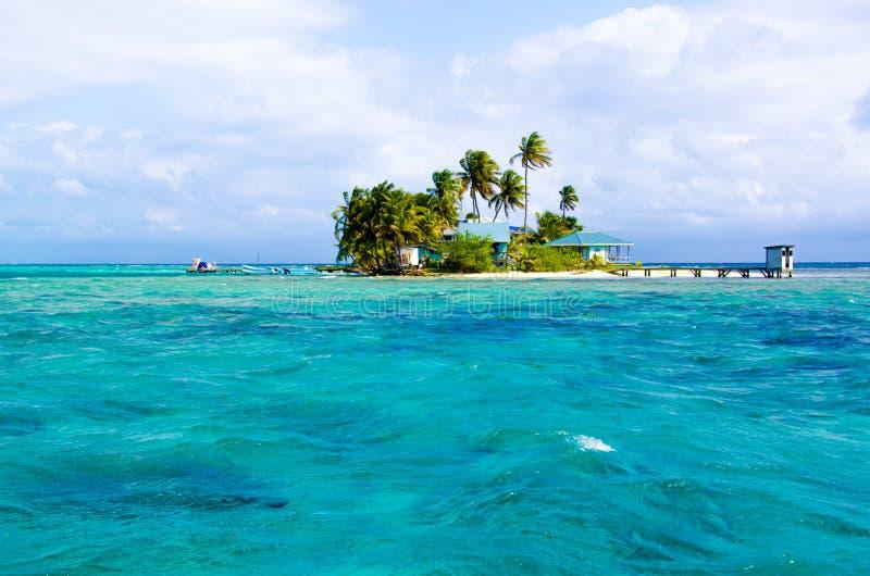 Tropikalna i raj ma?a wyspa w morzu karaibskim Belize Ameryka ?rodkowa fotografia stock