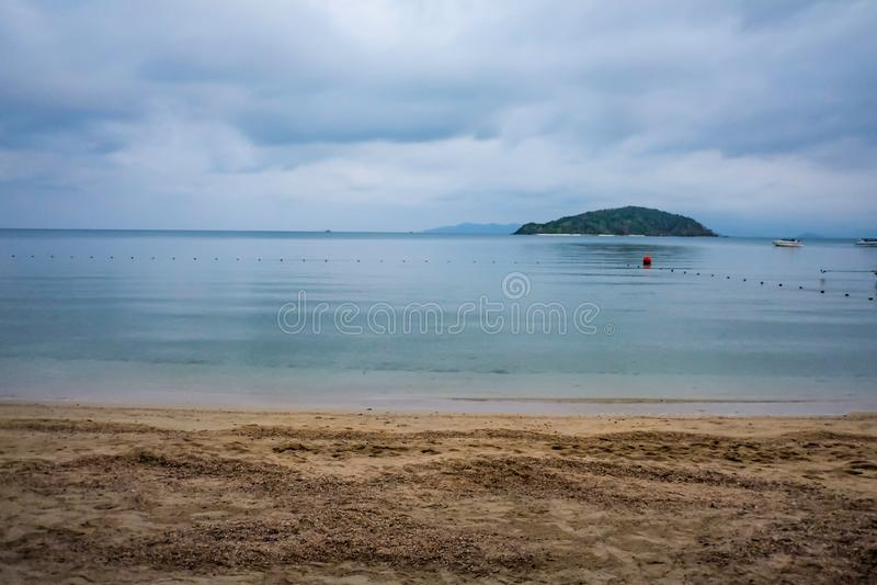 Tropikalna Idylliczna plaża w ranku, wakacje na plaży obrazy stock