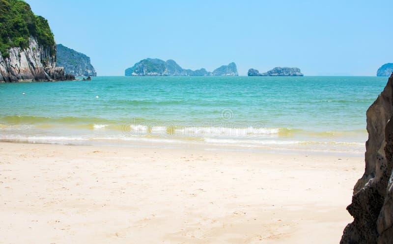 Tropikalna plaża kotów półdupki wyspa, Wietnam fotografia royalty free