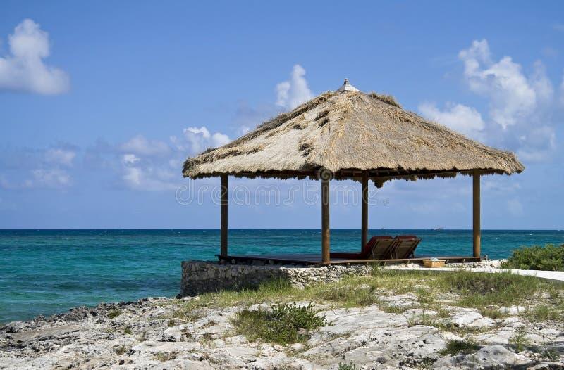 tropikalna plażowa buda zdjęcia stock