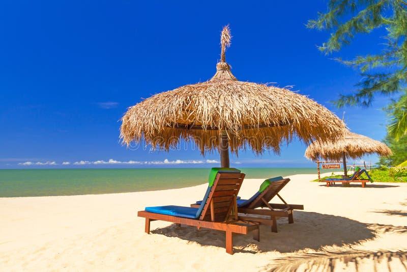 Tropikalna plażowa sceneria obrazy royalty free