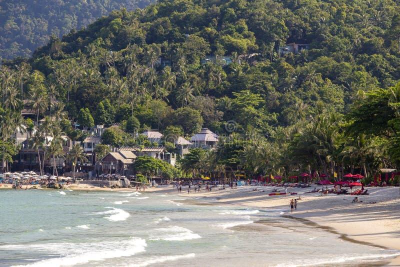 Tropikalne plaży i wody morskiej fala na wyspy Koh Phangan, Tajlandia zdjęcia royalty free