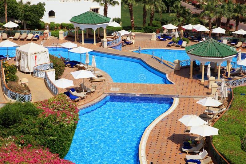 Tropikalny luksusowy hotel w kurorcie na Czerwonego morza plaży w sharm el sheikh obraz stock