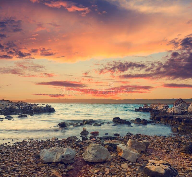 tropikalny piękny zachód słońca obraz stock
