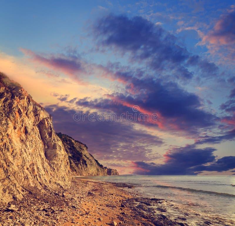 tropikalny piękny zachód słońca obrazy stock