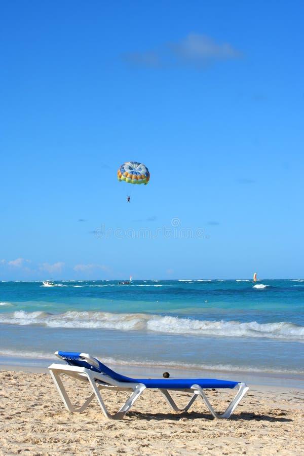 Tropisch Caraïbisch strand royalty-vrije stock afbeelding