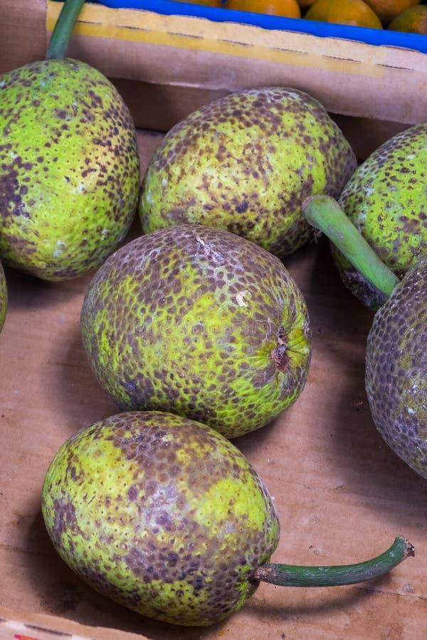 Tropisch Fruit bij de Landbouwersmarkt van Hawaï stock foto's