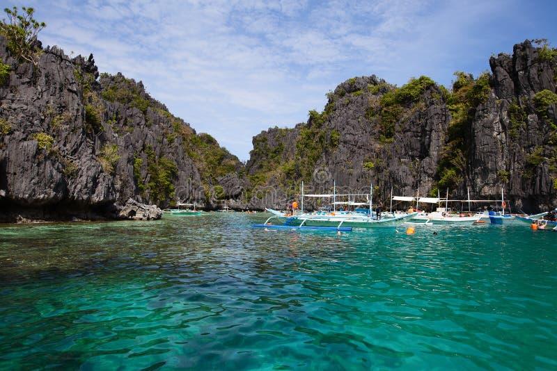 Tropisch strand in Gr Nido, Filippijnen royalty-vrije stock afbeeldingen
