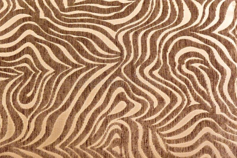 Tropische Afrikaanse bonttextuur Exotische achtergrond Beige Bruine Achtergrond Patroon, aardachtergrond, stammenornament royalty-vrije stock afbeelding
