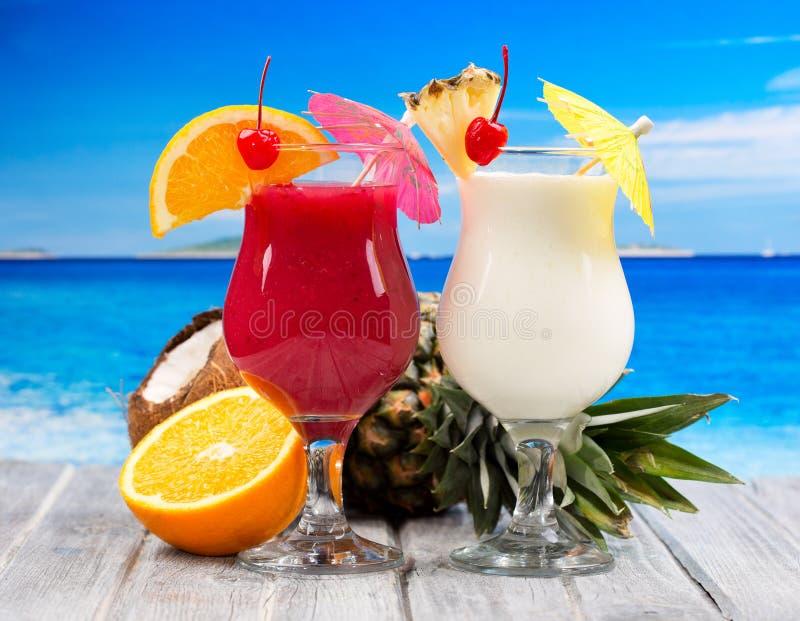 Tropische cocktails stock afbeelding
