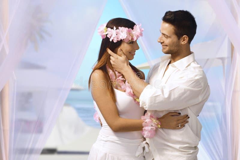 Tropische Hochzeit stockfotografie