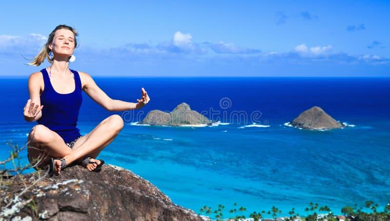 Tropische Meditation lizenzfreies stockfoto