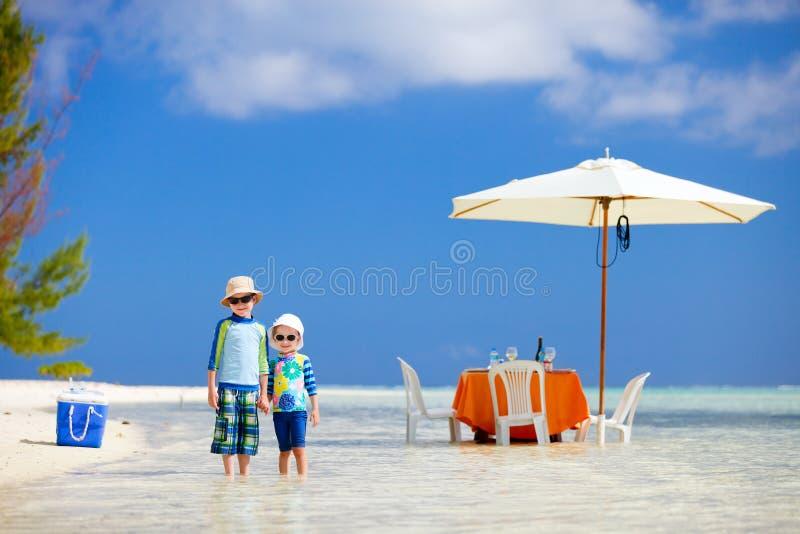 Tropische picknick stock foto's