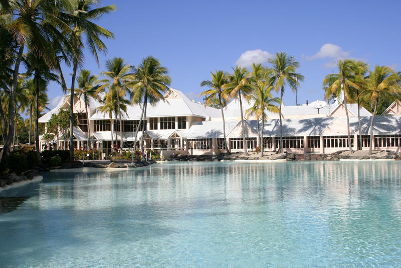 Tropische Rücksortierung, Port Douglas, Queensland lizenzfreie stockfotos