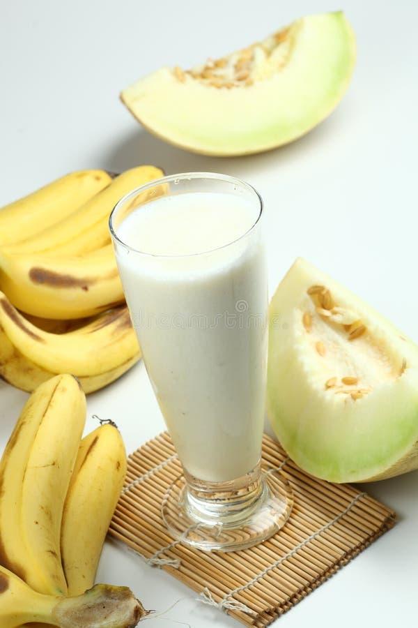 Tropischer Fruchtsaft lizenzfreie stockbilder