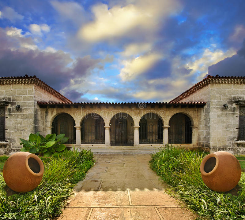 Tropisches kubanisches Haus lizenzfreies stockbild