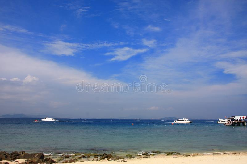 Tropisches Seestrandparadies stockfotos