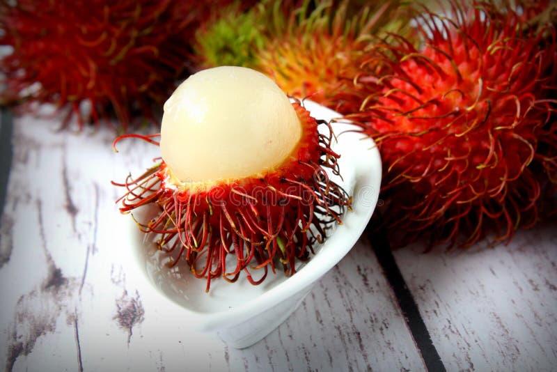 Tropisk frukt för Rambutan arkivbilder
