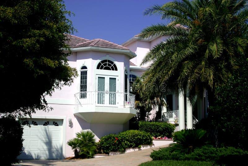 tropisk home herrgård royaltyfri foto