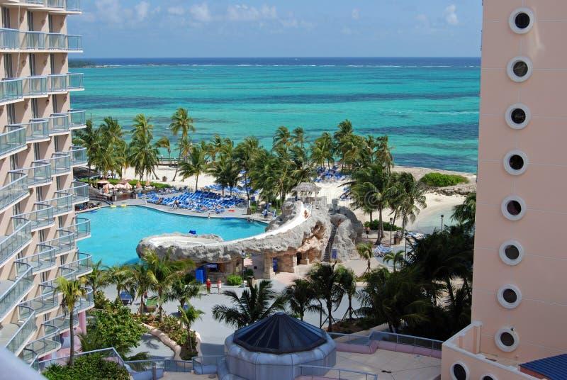 tropisk sikt för hotellsemesterort royaltyfri bild