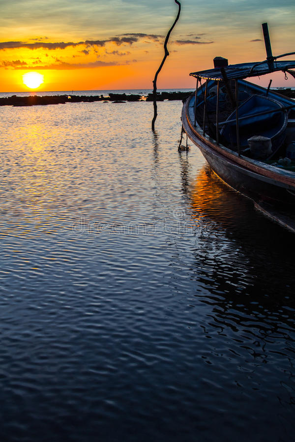Tropisk solnedgång, Thailand arkivbilder