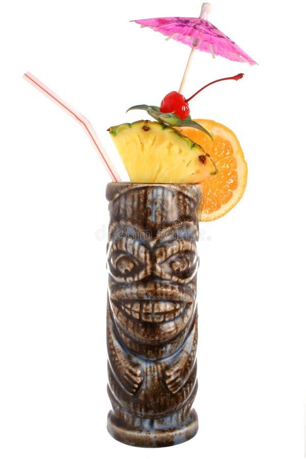 tropisk tiki för coctaildrinkfrukt royaltyfria bilder