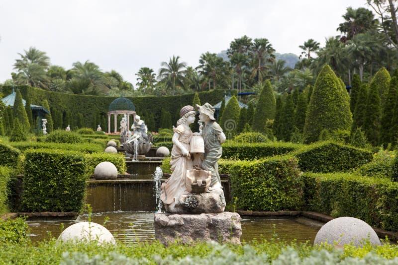 Tropisk trädgård arkivfoto