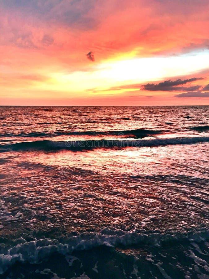 Tropiska Sky& x27; s-dans arkivfoton