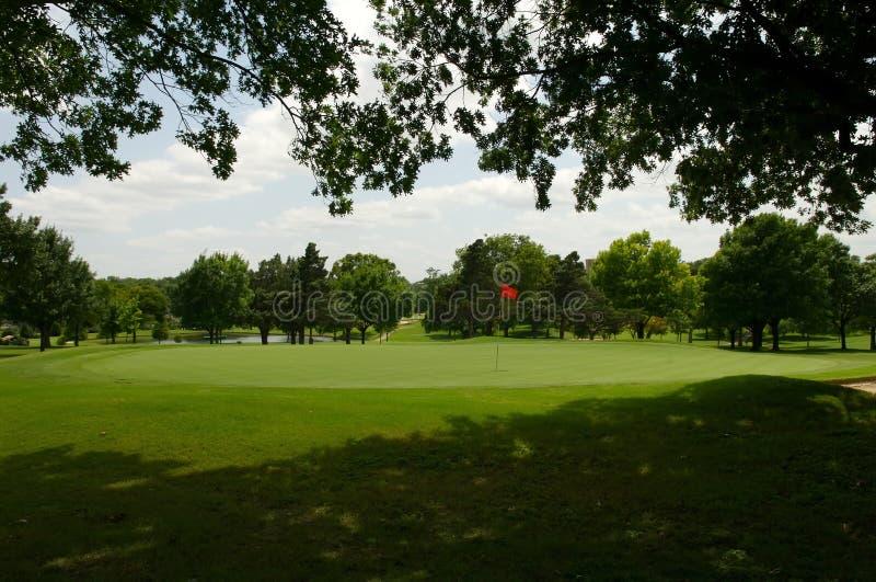 Trou de terrain de golf images stock