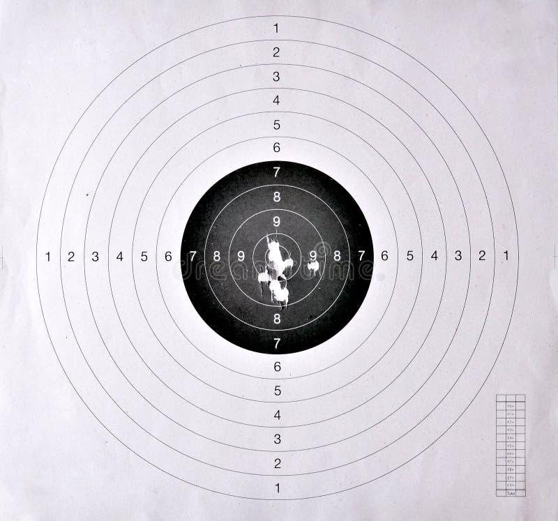 Trous dans une cible de tir images libres de droits