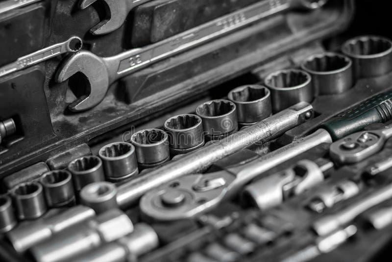 Trousse à outils en gros plan du charpentier image stock