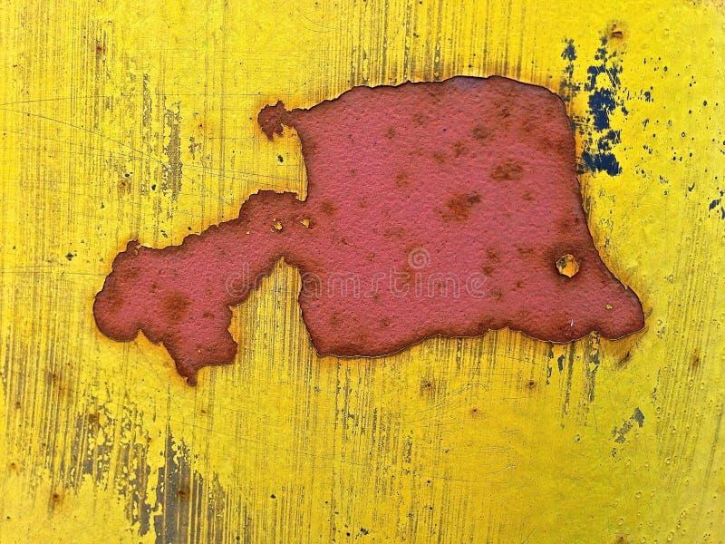 A trouvé la forme Fishlike sur le courrier de lampe Rusted photos libres de droits