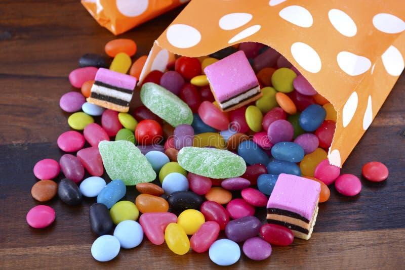 Trucco del partito di Halloween dell'ossequio Candy immagini stock libere da diritti
