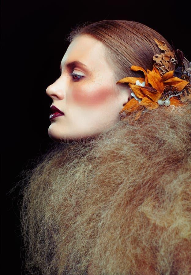 Trucco della donna di bellezza di Halloween immagine stock