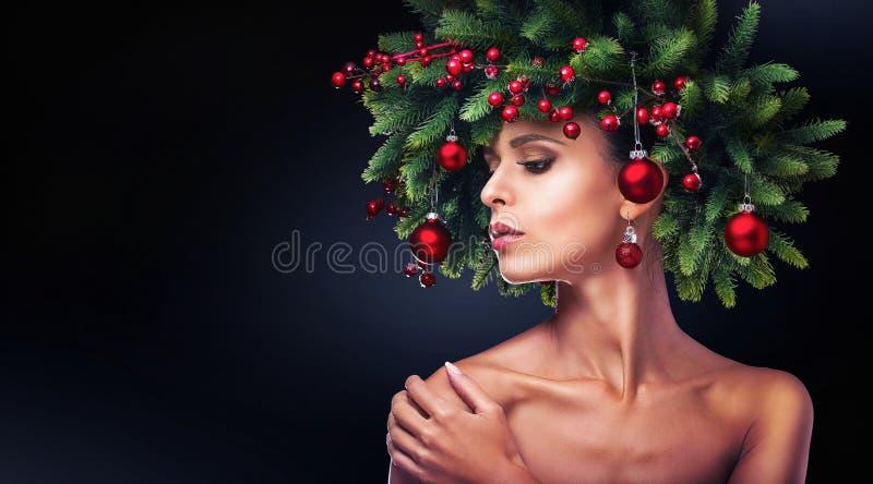 Trucco della ragazza di Natale Acconciatura di inverno fotografia stock libera da diritti