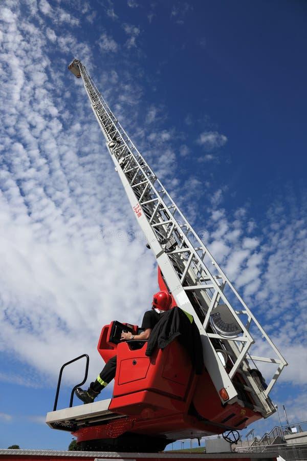 truck σκαλών πυρκαγιάς στοκ εικόνες με δικαίωμα ελεύθερης χρήσης