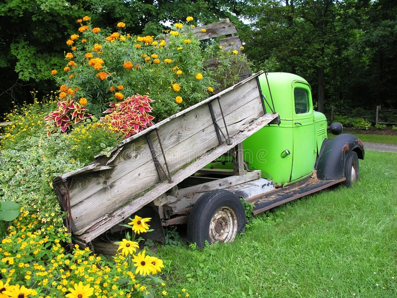 truck φορτίων λουλουδιών στοκ φωτογραφίες